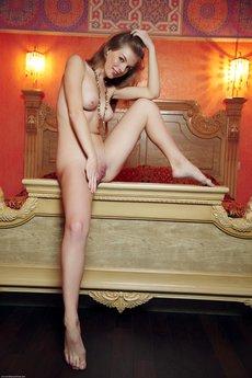 Larissa In Apartmano By Arturo - Picture 3