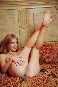 Larissa In Apartmano By Arturo - Picture 11